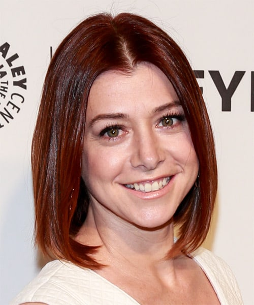 alyson-hannigan-medium-straight-bob-hairstyle