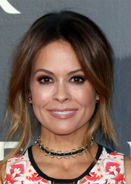 brooke-burke-casual-straight-updo-hairstyle