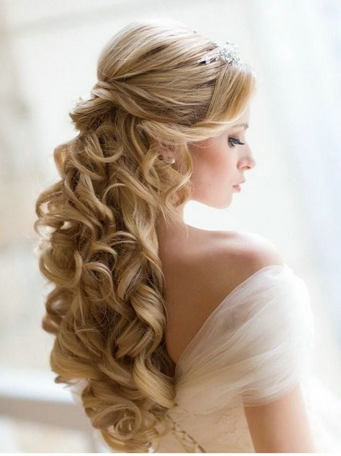 2016-curly-wedding-hairstyles-wedding-updos-for-medium-hair
