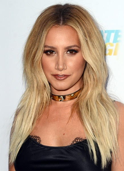 ashley-tisdale-long-straight-hairstyle