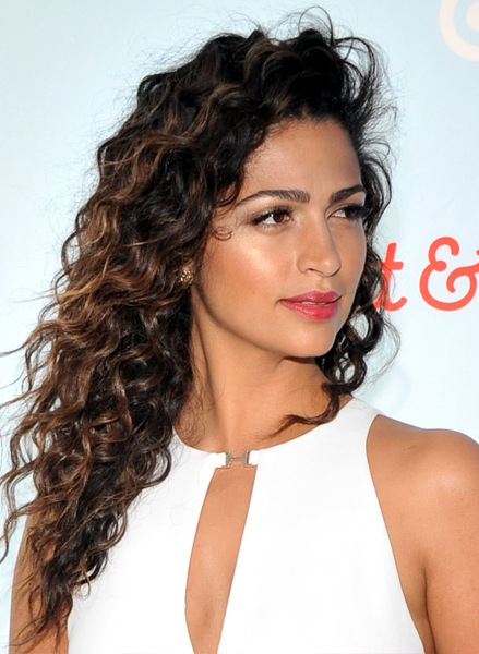 camila-alves-long-curly-hairstyle