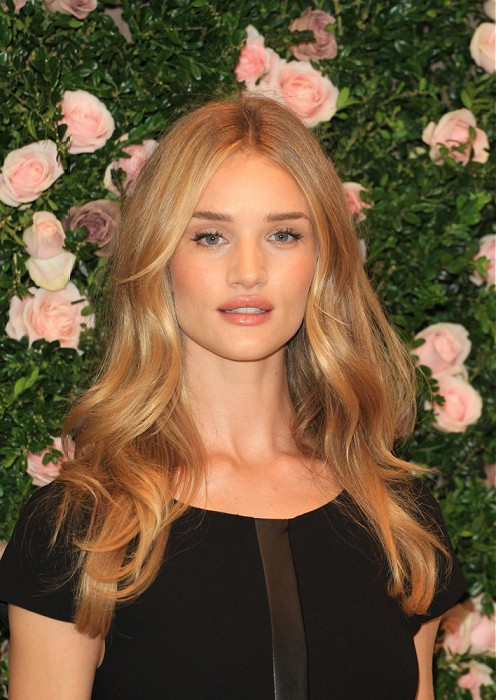 celebrity-hairstyles-long-blonde-hairstyles
