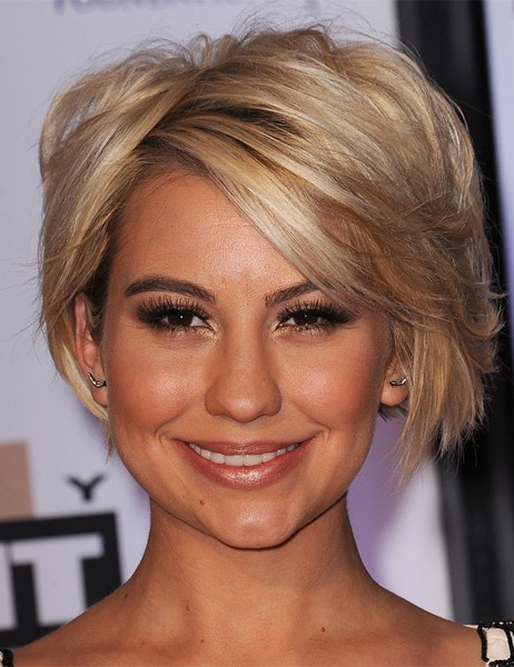 chelsea-kane-short-straight-hairstyle