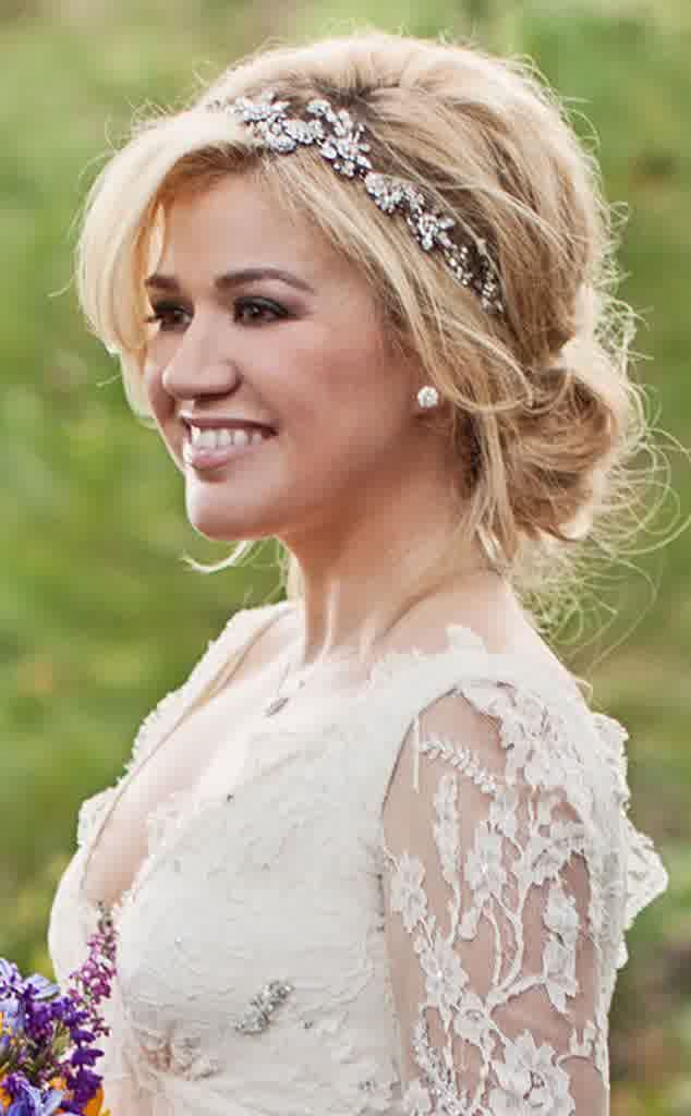 cute-wedding-hairstyles-for-medium-hair