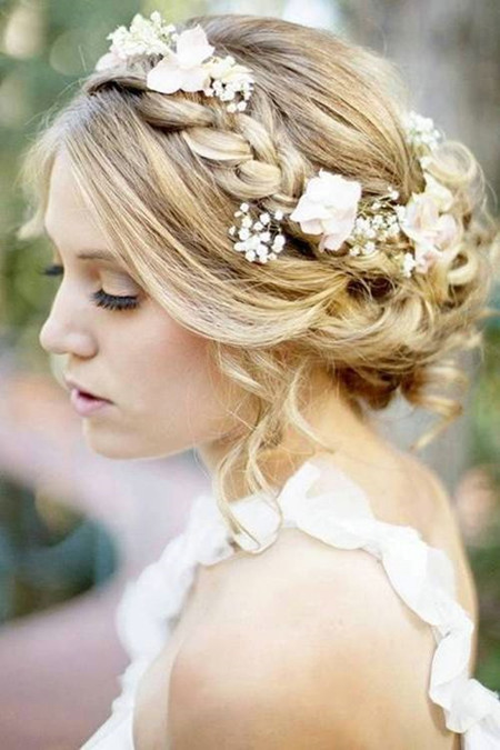 dazzling-wedding-hairstyles-for-medium-hair