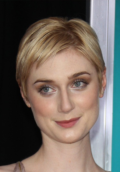 elizabeth-debicki-short-straight-hairstyle
