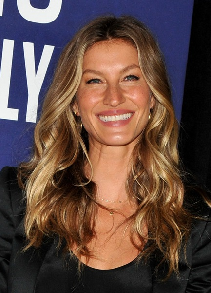 gisele-bundchen-long-wavy-hairstyle