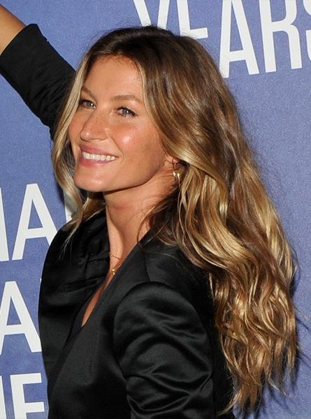 gisele-bundchen-long-wavy-hairstyle
