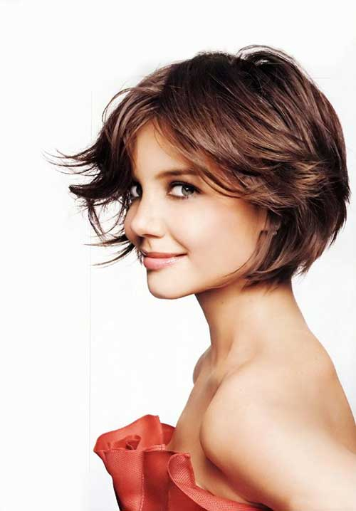 katie-holmes-modern-bob-haircut