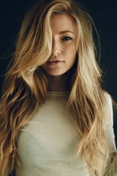 long-blonde-hairstyles