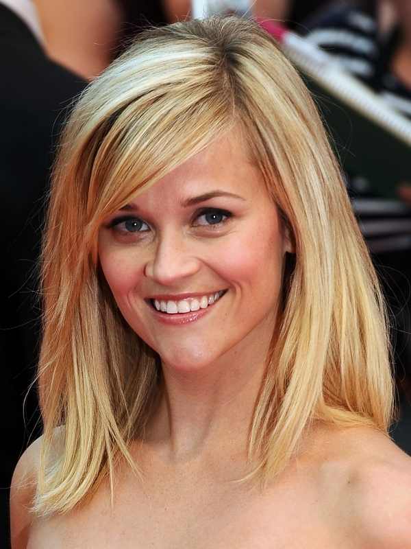 reese-witherspoon-medium-length-hairstyle