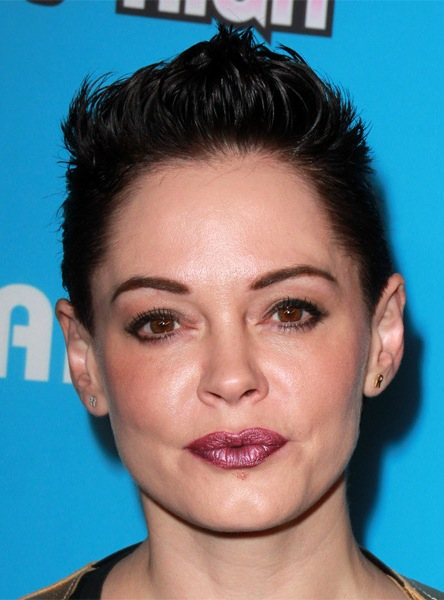 rose-mcgowan-short-straight-hairstyle