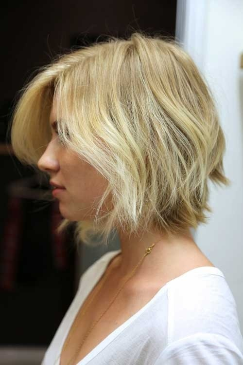 short-bob-hairstyles-for-wavy-hair