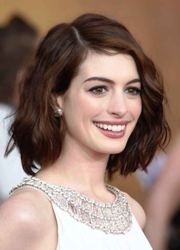 short-hairstyles-for-oval-faces