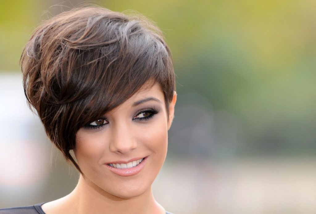 short-hairstyles-for-thick-hair