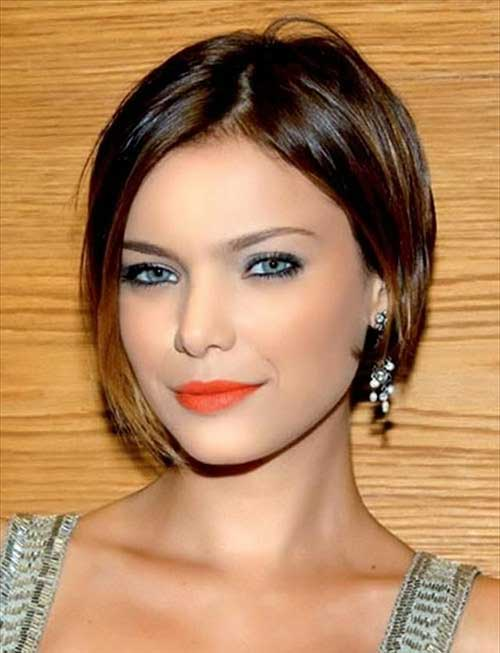 short-modern-bob-haircut-with-highlights