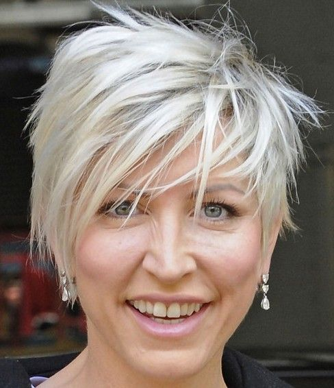 Layered haircut pictures for short hairstyles over 50
