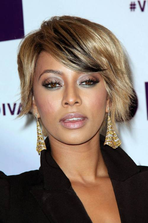 asymmetric-short-haircut-for-thick-hair