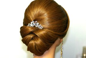 20 of The Most Beautiful Updo Haircuts For Gorgeous Women