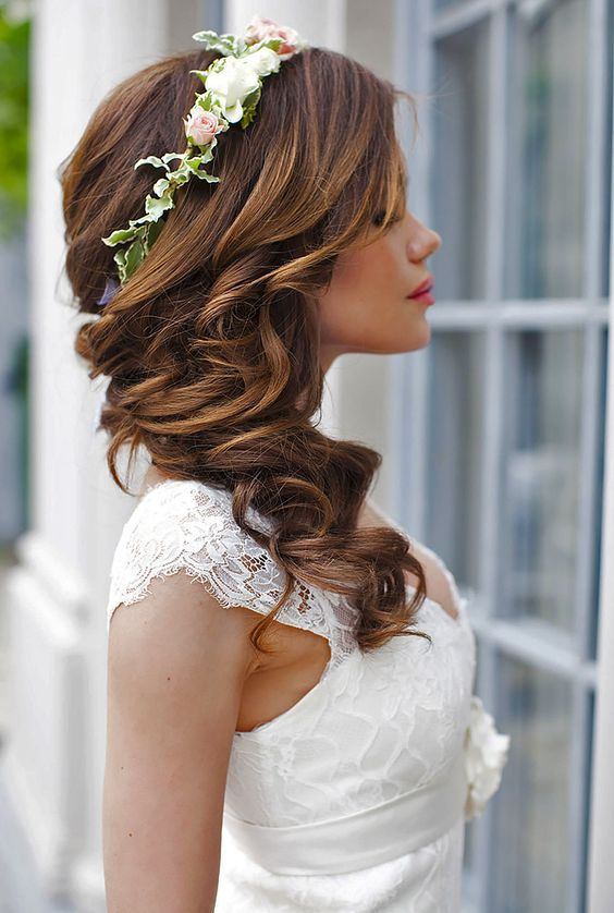 long-bridal-hair-with-floral-band