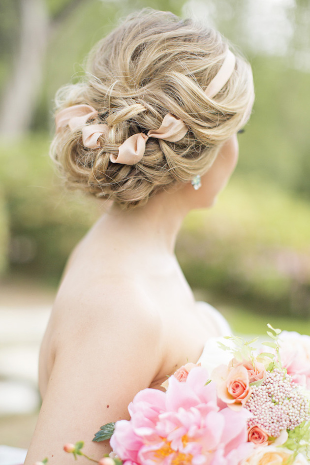 wedding-hair-with-ribbon