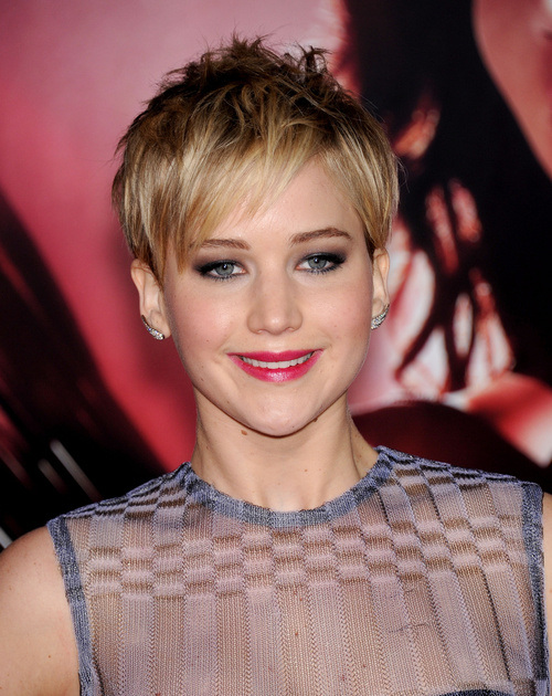 20 Most Versatile Short Straight Haircuts For Stylish Women