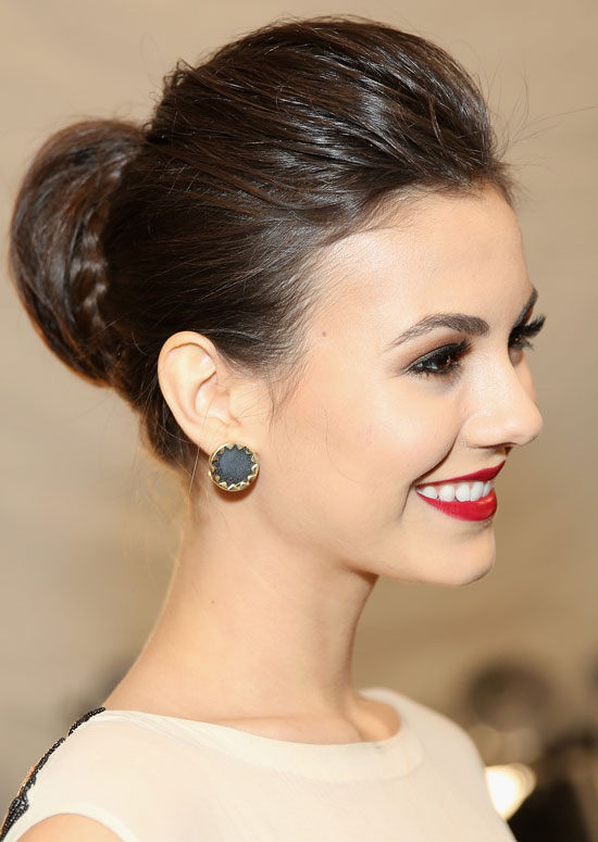 Hairstyle with Semi High Bun