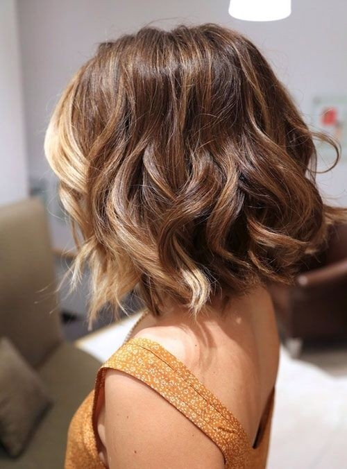 Medium Wavy Ombre Hairstyles