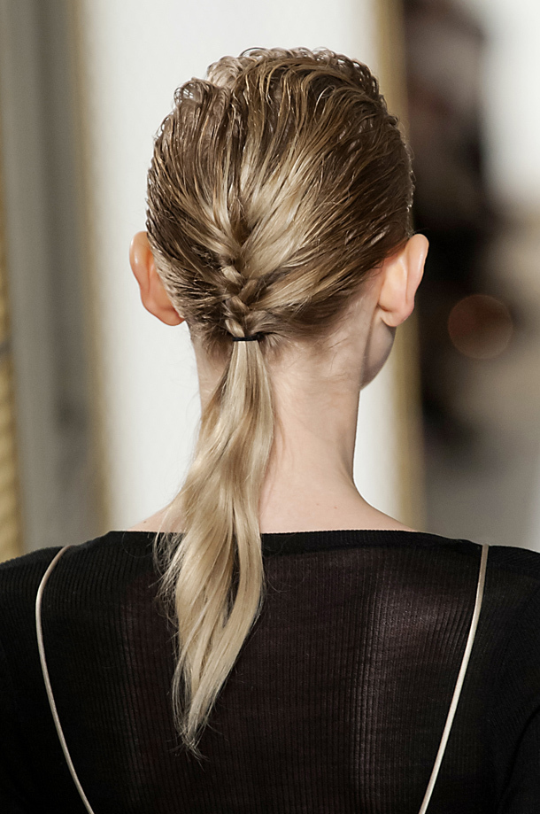 21 Gorgeous Ponytail Hairstyles to Make You Look Beautiful - Haircuts & Hairstyles 2020