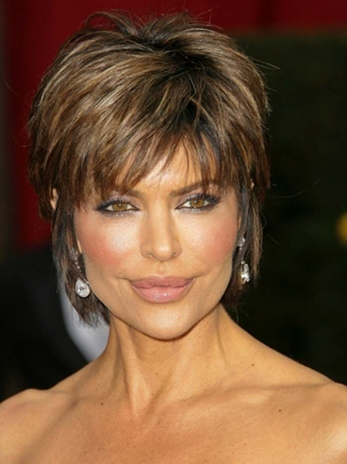 25 Most Stylish Short Hairstyles for Older Women ...