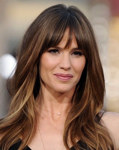 Jennifer Garner Highlighted Hair with Bangs