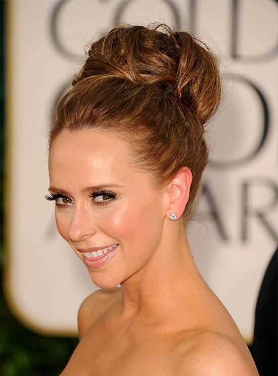 Jennifer Love Hewitt High Bun Updo