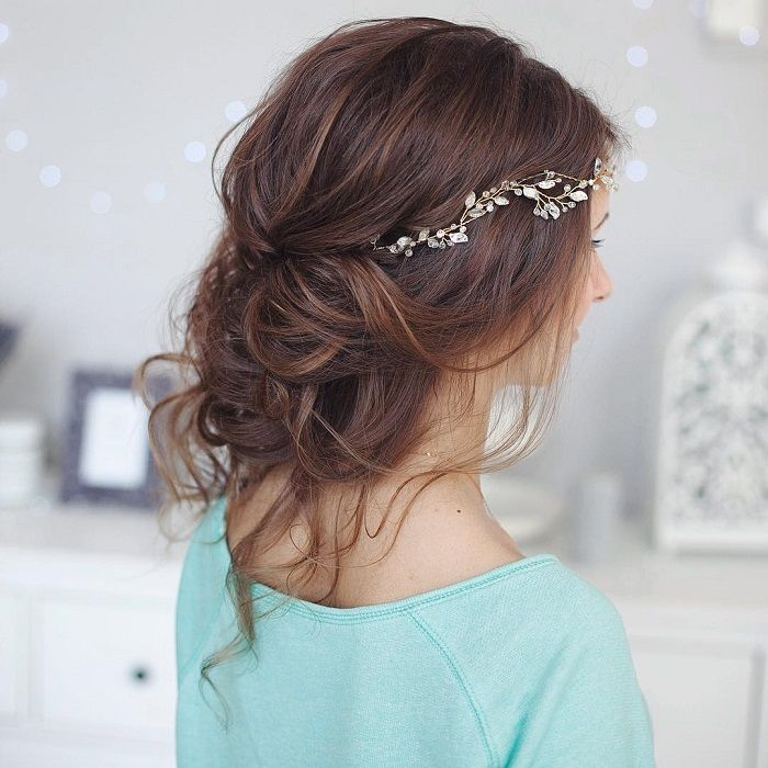30 Attractive And Charming Messy Hairstyles For Women Haircuts