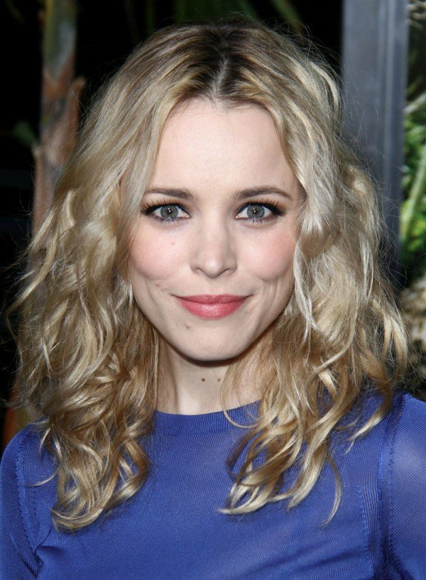 Rachel McAdams Medium Blonde Wavy Hair