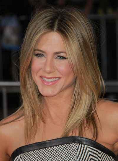 Blonde Layered Hairstyle with Highlights