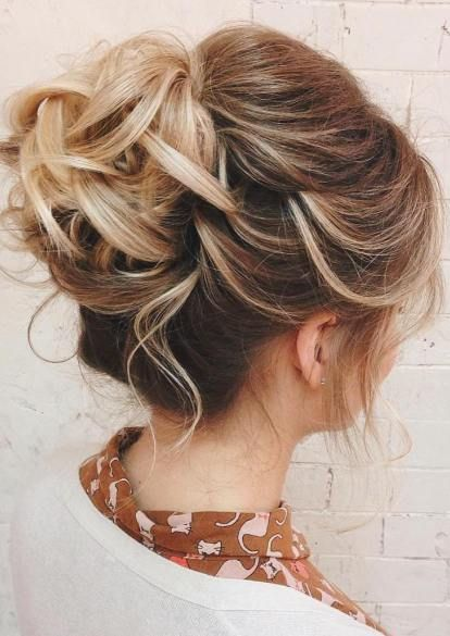 30 Medium Updo Hairstyles For Women To Look Stunning Haircuts