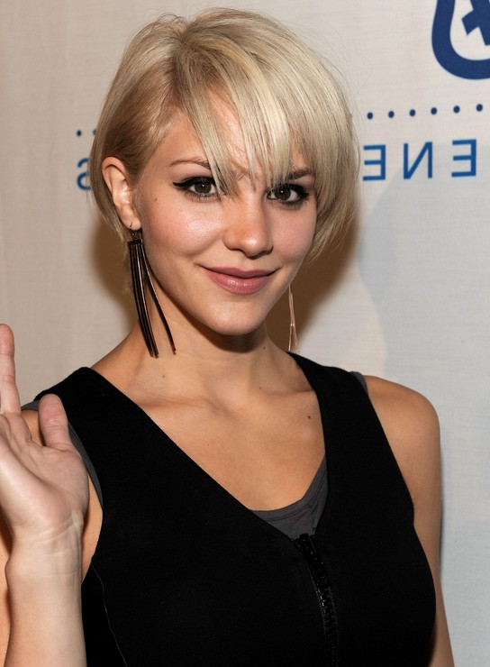 30 Most Attractive Short Hairstyles For