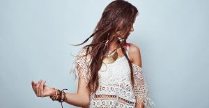 30 Bohemian Hairstyles For Women To Look Different And Dazzling