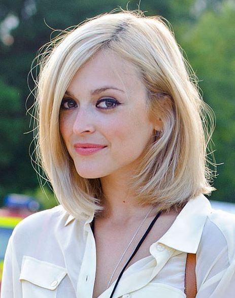 30 Medium Hairstyles For Thick Hair To Complement Your Look