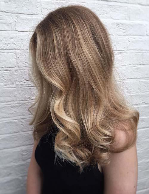 Blonde Hair with Voluminous Curls