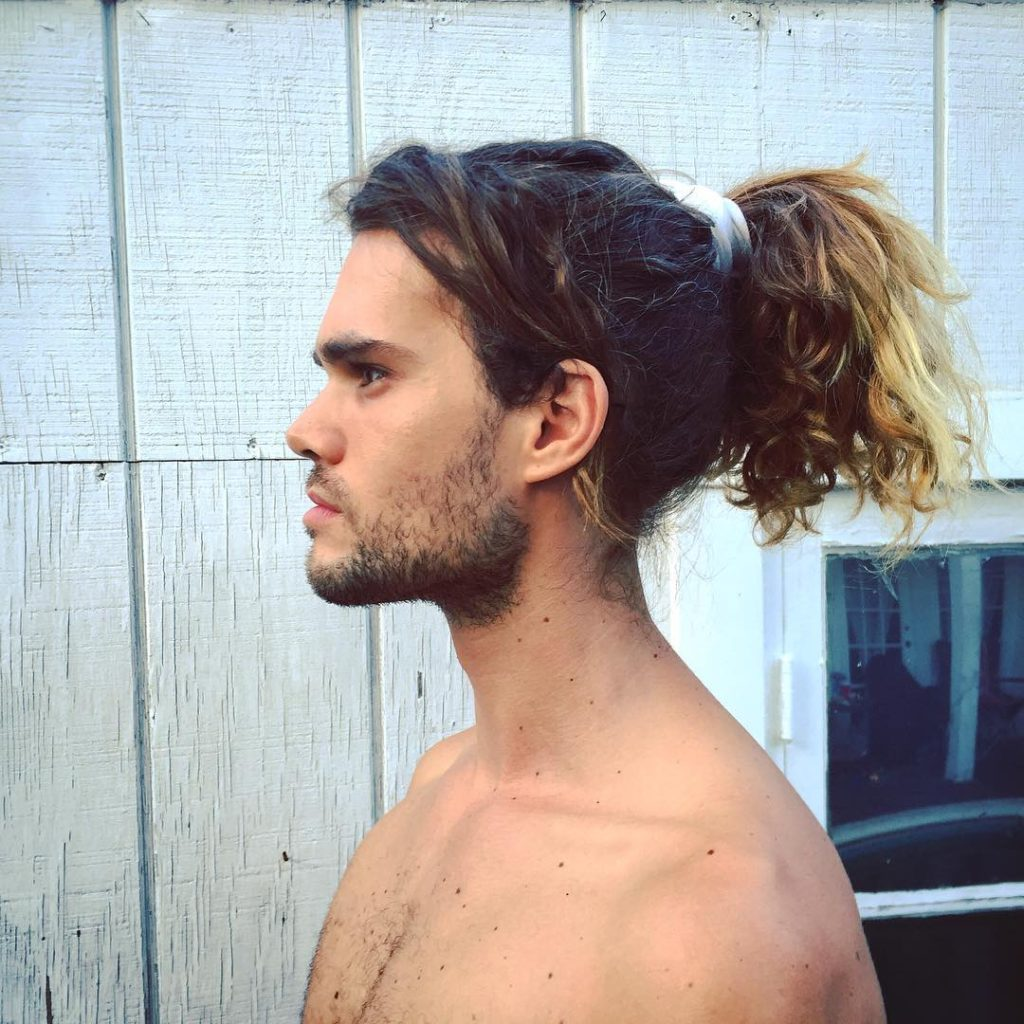 15 Ponytail Hairstyles For Men To Look Smart And Stylish ...