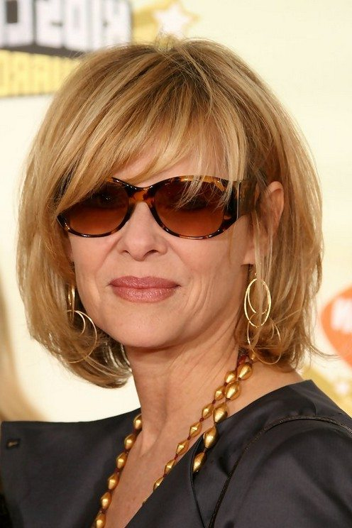 97e28f5394 15 Hairstyles for Women Over 50 With Glasses - Haircuts   Hairstyles ...