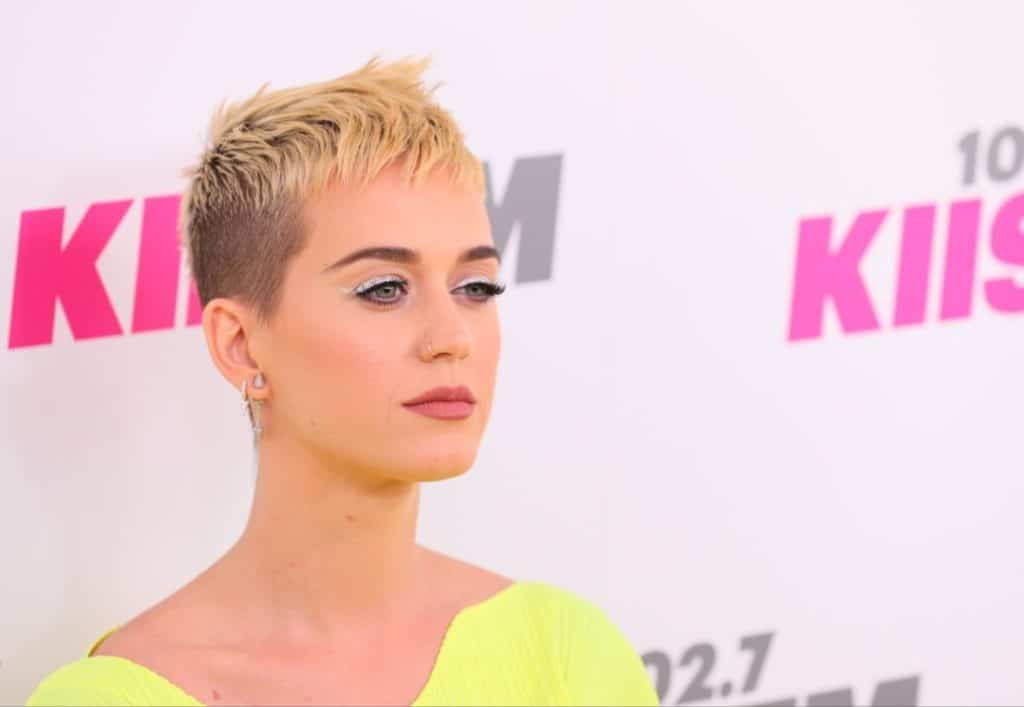 Katy Perry Hair Styles: 18 Katy Perry Hairstyles Inspiration To Copy This Year