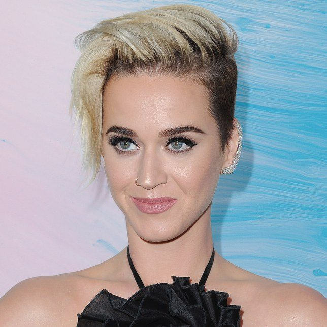 18 Katy Perry Hairstyles Inspiration To Copy This Year