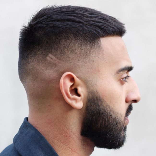 15 Mens Hairstyles For Round Faces Haircuts Hairstyles 2019