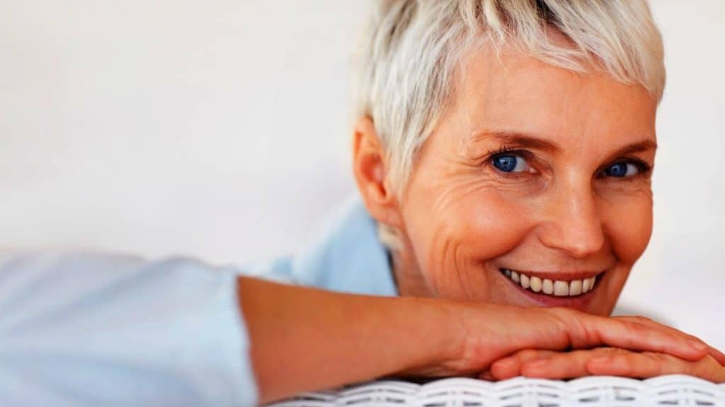 15 Best Hairstyles For Women Over 50 With Fine Hair ...