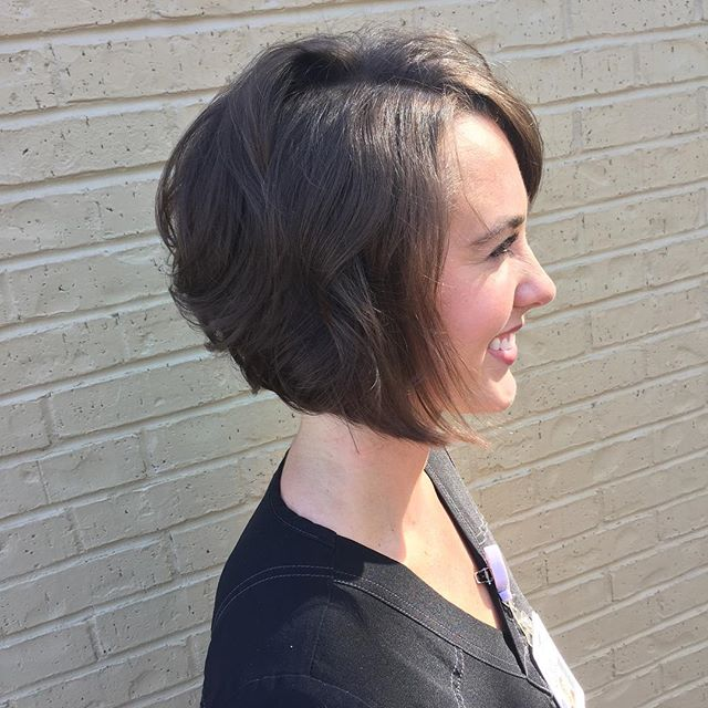 15 Angled Bob Hairstyles That Are Trending Right Now - Haircuts & Hairstyles 2019