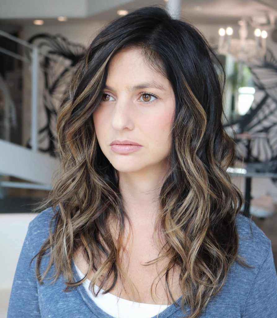 Long Wavy Balayage Hairstyle