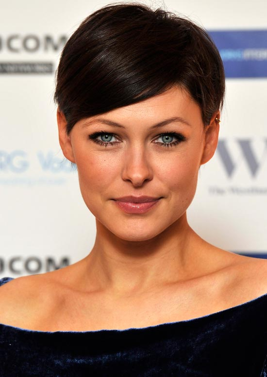 Women's Hairstyle With Short Hair