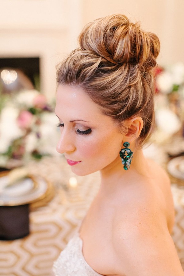 30 Bun Hairstyles For Women To Look Gorgeous Haircuts